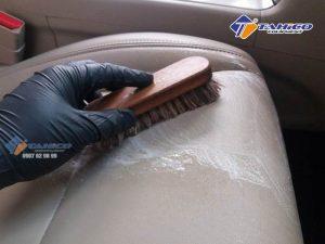 Bàn chải lông ngựa vệ sinh nội thất, da cao cấp phù hợp với mọi chất liệu từ da, nỉ, simili, cao su…