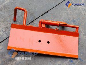 Mặt bàn nâng của ben nâng rửa xe máy bàn nâng có khóa gài