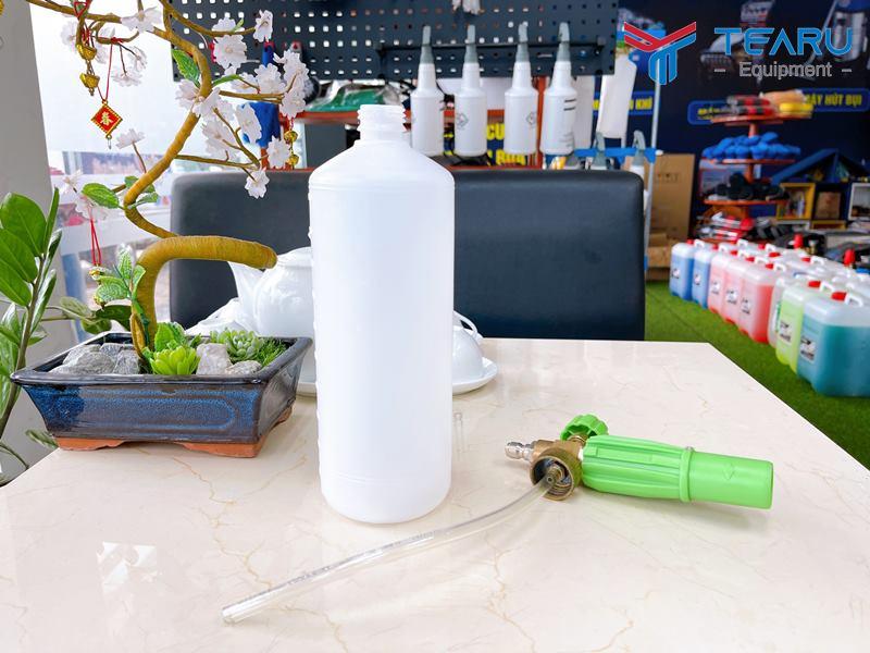 Chất liệu bình bằng nhựa cao cấp