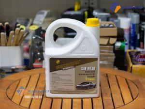 Dung dịch rửa xe bọt tuyết Maxrider Powerfull 5 lít giúp khô trong tích tắc sau khi rửa lại bằng nước.