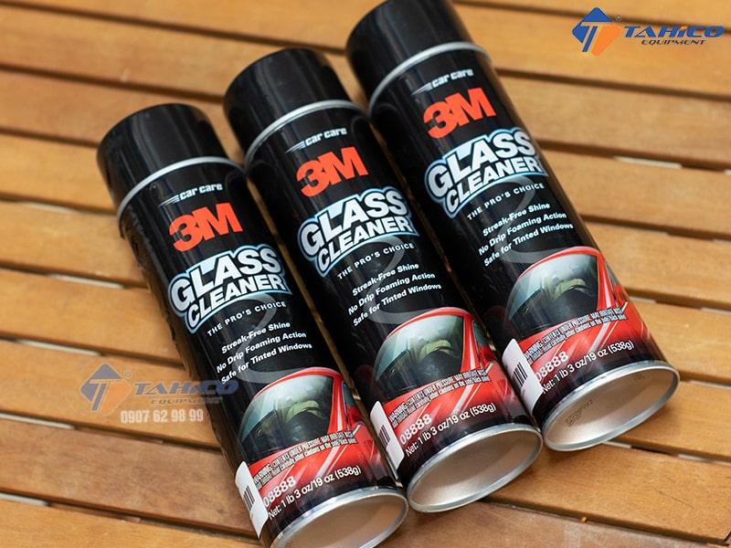 Dung dịch tẩy kính ô tô 3M 08888 giúp tẩy rửa nhẹ nhàng và an toàn sử dụng