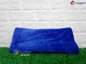 khan-lau-kho-noc-xe-microfiber-70x140-cm