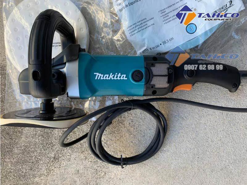 Đầu máy đánh bóng Makita 9237C được bọc lớp nhựa bảo vệ tránh va chạm