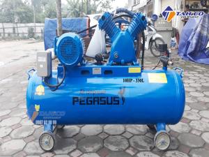 Máy nén khí dây đai Pegasus 10HP 1 cấp dùng điện 3 pha TM-W-0.9/8-330L cực kì tiết kiệm điện năng tiêu thụ nên dòng máy này đóng vai trò quan trọng trong nhiều ngành công nghiệp