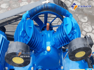 Máy nén khí dây đai Pegasus 7.5HP 2 cấp dùng điện 3 pha TM-W-0.67/12.5-500L cực kì tiết kiệm điện năng tiêu thụ nên dòng máy này đóng vai trò quan trọng trong nhiều ngành công nghiệp