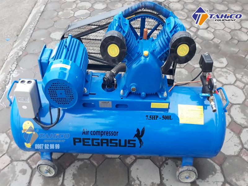Máy nén khí dây đai Pegasus 7.5HP 2 cấp dùng điện 3 pha TM-W-0.67/12.5-500L có độ ồn thấp, ổn định, ít xảy ra sự cố nên máy được ứng dụng rộng rãi trong nhiều lĩnh vực