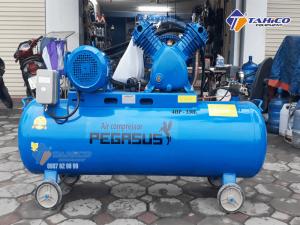 Máy nén khí dây đai Pegasus 4HP dùng điện 3 pha TM-W-0.36/8-330L cực kì tiết kiệm năng lượng, đóng vai trò quan trọng trong nhiều ngành công nghiệp