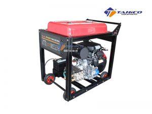 Máy rửa xe cao áp chạy bằng xăng Jeeplus Q220 (22 hp)