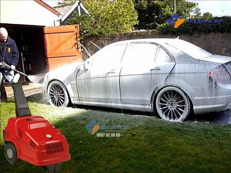 Máy rửa xe cao áp IPC ELITE2840T thiết kế với 1 chế độ rửa là nước lạnh