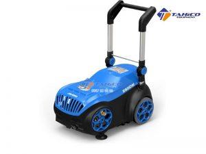 Máy rửa xe cao áp Jeeplus JPS-S200 (2,5Kw) có bánh xe giúp cho việc di chuyển dễ dàng, thuận tiện.