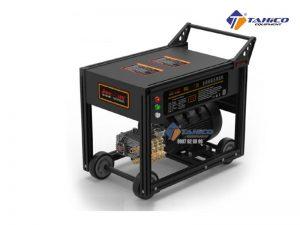 Máy rửa xe cao áp Jeeplus RQ1000 (11Kw) được thiết kế nhỏ gọn mẫu mã đẹp