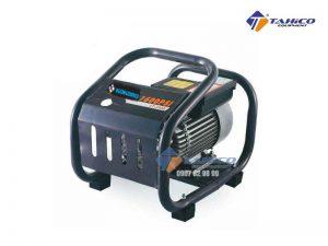 Máy rửa xe cao áp Kokoro LT390 có công suất 1800W