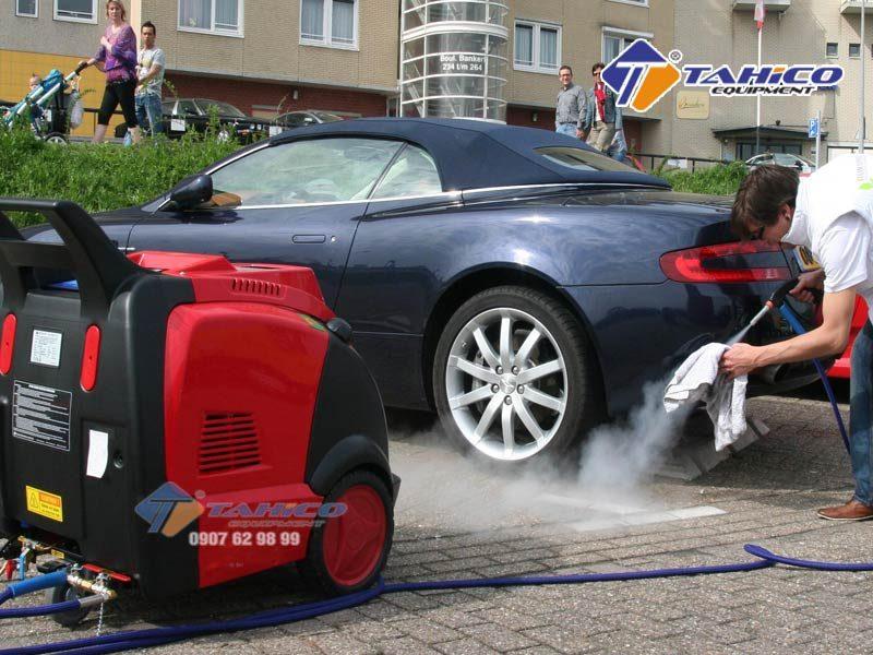 Máy rửa xe cao áp nóng/lạnh IPC – DS2210T có hai chế độ rửa là nước nóng/lạnh, phù hợp với nhiều nhu cầu sử dụng của người tiêu dùng.
