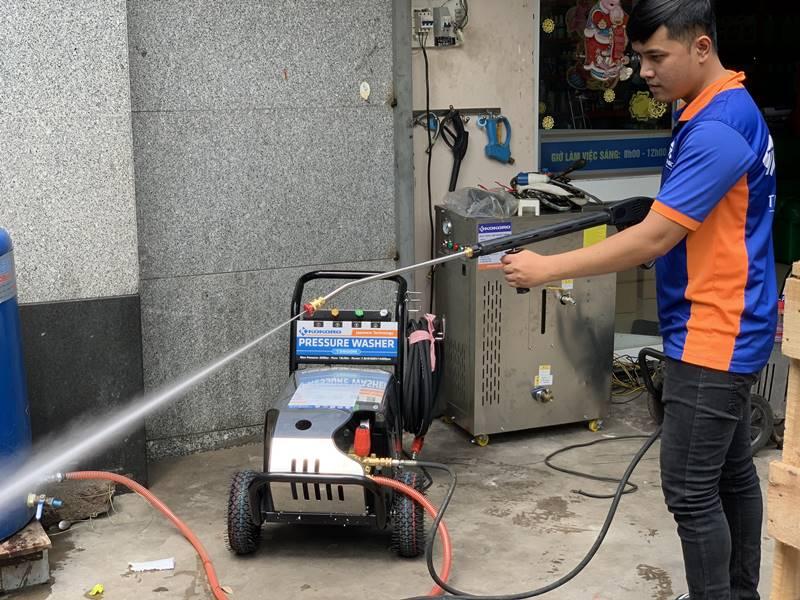 Lượng nước tiêu thụ trên máy khá ít