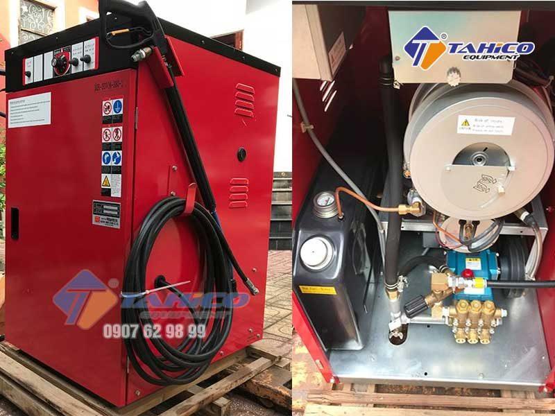 Bên trong của máy rửa xe nước nóng áp lực cao Okatsune MR-30VM