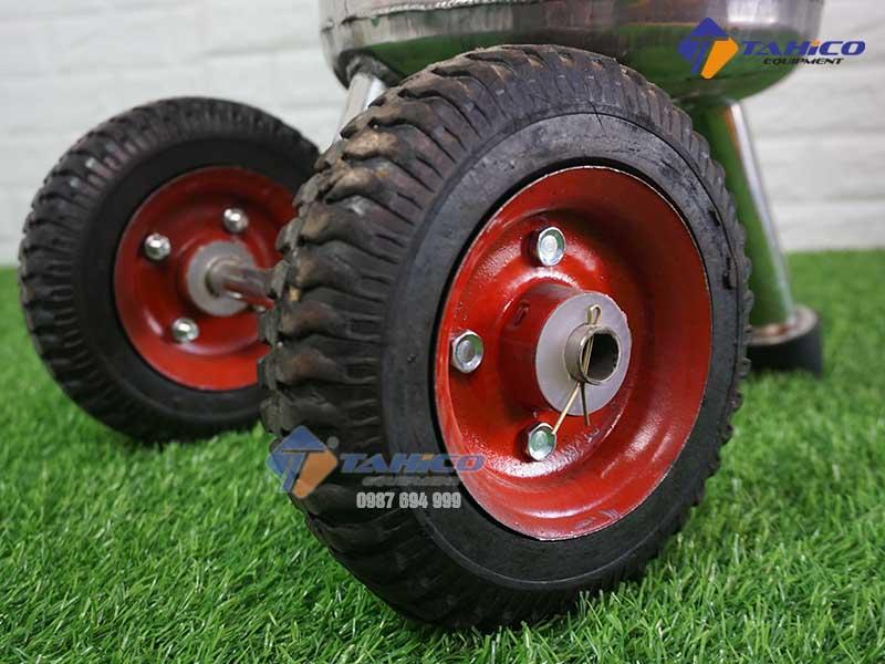 binh-rua-xe-phun-bot-tuyet-kokoro-22-lit-6