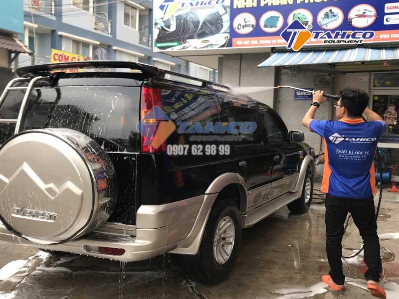 Dung dịch rửa xe không chạm Ventek VET75 1 lít - 3