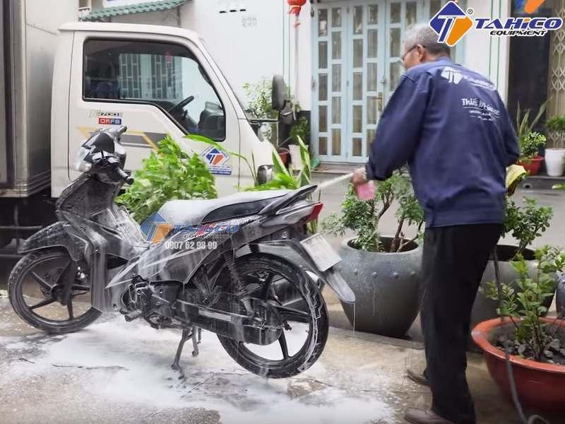 Thợ rửa xe cần có tâm và lành nghề