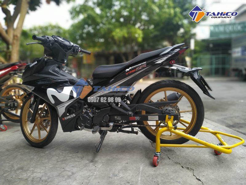 Chống nâng xe moto nhập khẩu