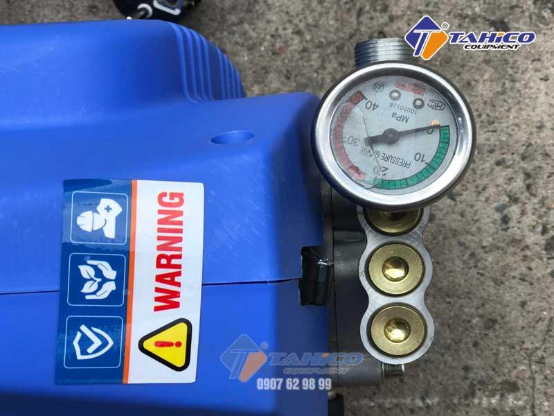 Đồng hồ đo áp suất