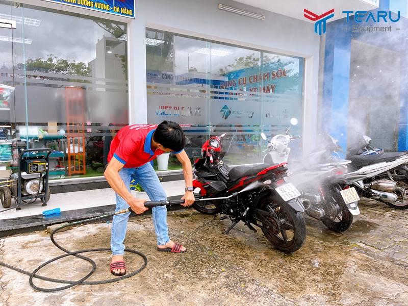 Súng rửa xe cao áp cong có đầu bảo vệ Model – G5