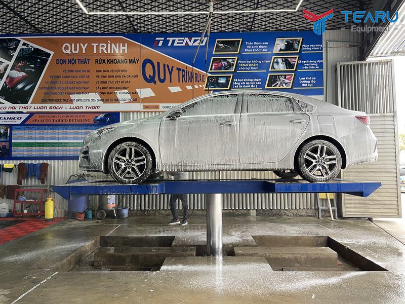 Cầu nâng 1 trụ rửa xe ô tô nhập khẩu TAGORE âm nền