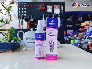 Chai tinh dầu xịt thơm xe ô tô hương Lavender 200ml