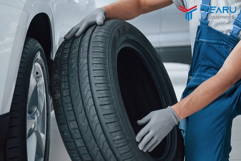 Nghề làm lốp ô tô