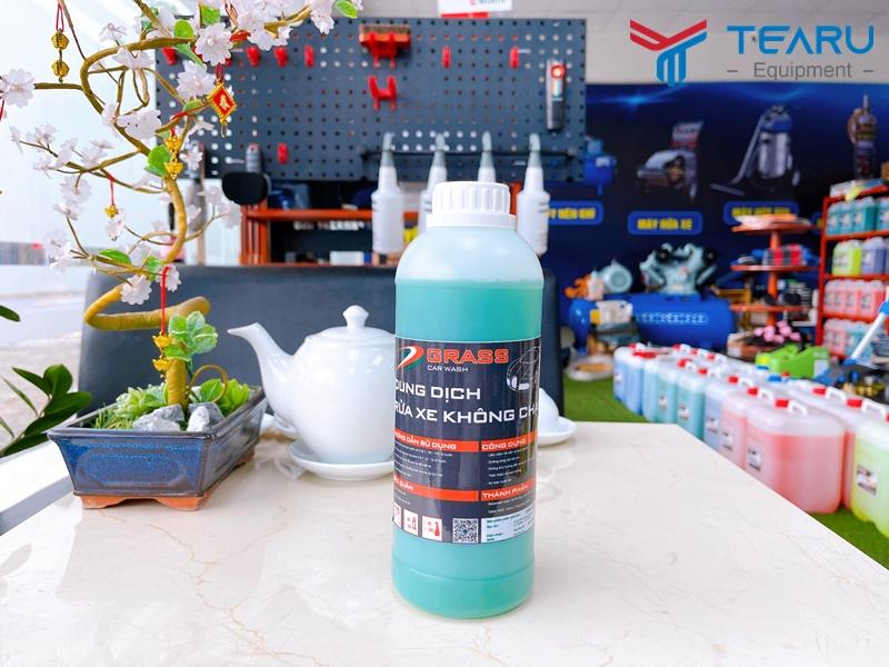 Dung dịch rửa xe không chạm Grass G-80 1 lít