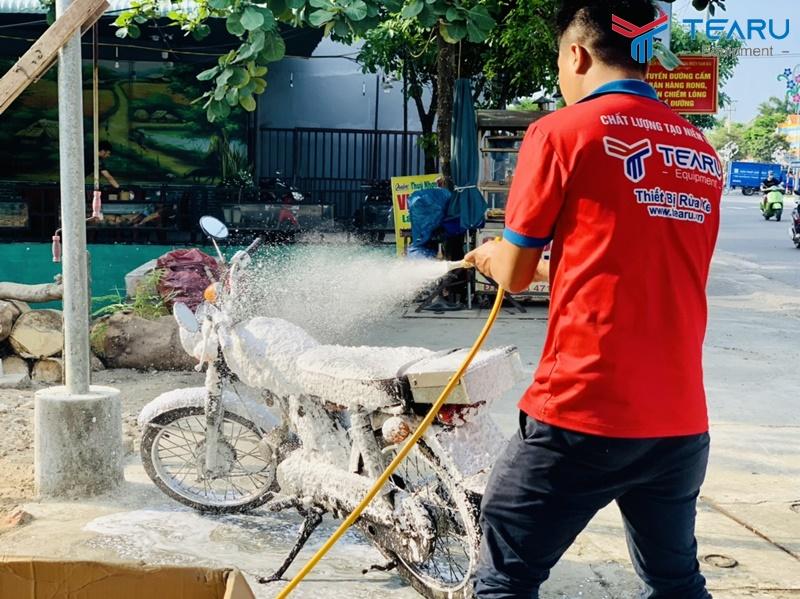 Nguyên lý hoạt động của máy rửa xe bọt tuyết