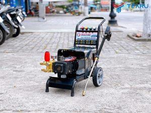 Máy rửa xe cao áp OKAZUNE 2.2KW