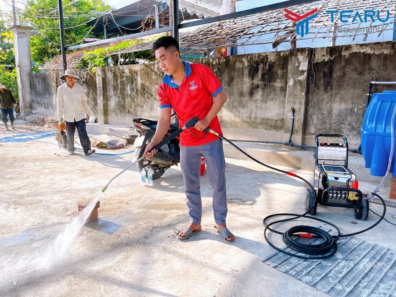Test máy rửa xe Okazune