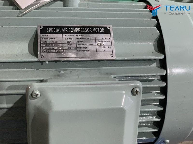 Thông số kỹ thuật máy nén hơi Okazune 10HP 500L