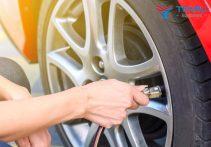 Những sai lầm phổ biến khi bơm lốp xe bạn nên biết